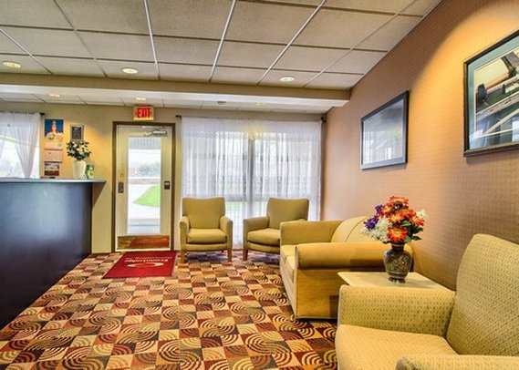 Econo Lodge - Mechanicsburg, PA