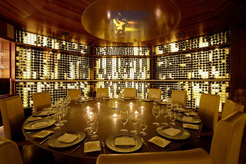 Huvafen Fushi Resort & Spa Gastronomia