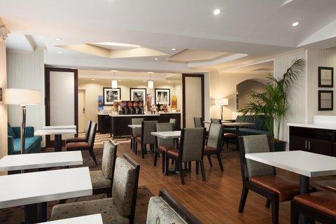 Hampton Inn LAX Hawthorne - Breakfast Serving Area