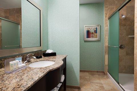 Hampton Inn LAX Hawthorne - Guest Bathroom