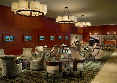 Omni Hotel At Cnn Center - Lobby