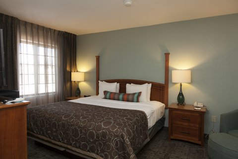 Staybridge Suites CO SPRINGS-AIR FORCE ACADEMY - Newly Renovated King Suite