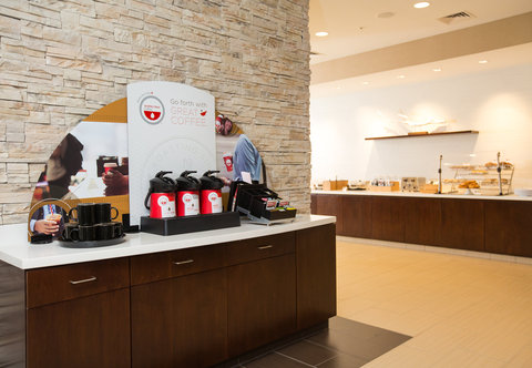 SpringHill Suites Bloomington - Coffee Station