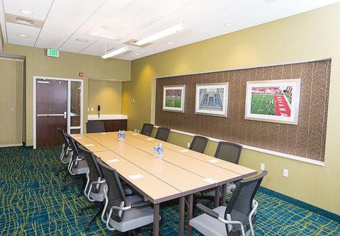 SpringHill Suites Bloomington - Boardroom