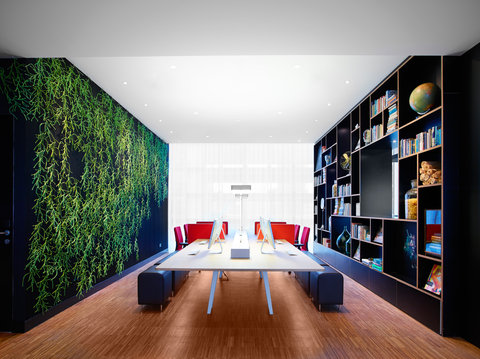 citizenM Rotterdam - Living Space