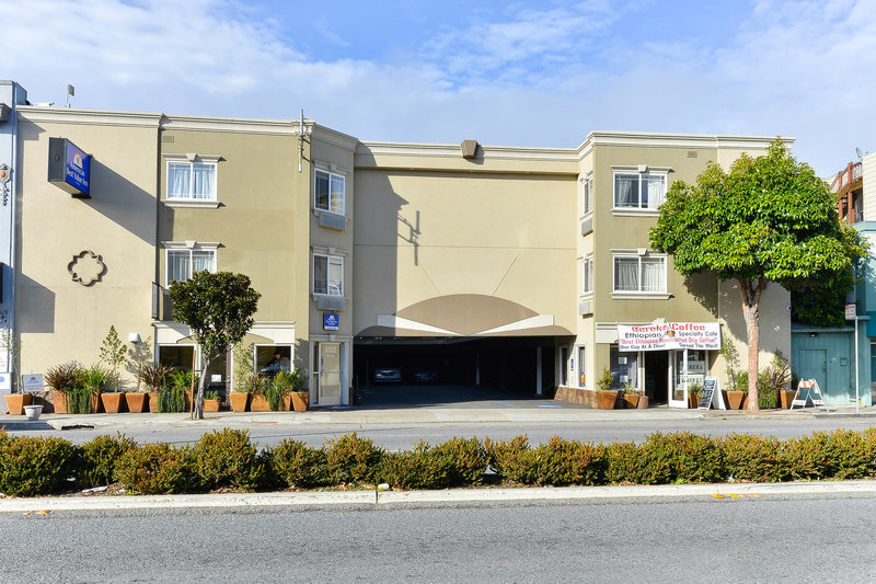 Americas Best Value Inn & Suites-San Francisco/Golden Gate Exterior view