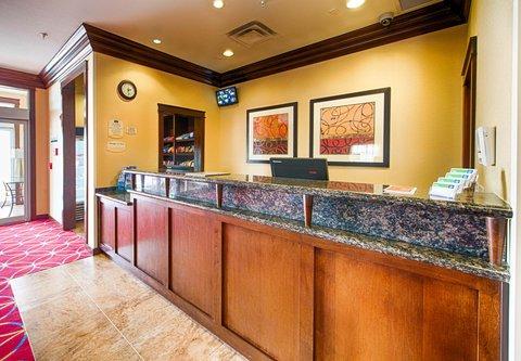 TownePlace Suites El Paso Airport - Front Desk