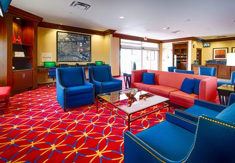 TownePlace Suites El Paso Airport - Lobby