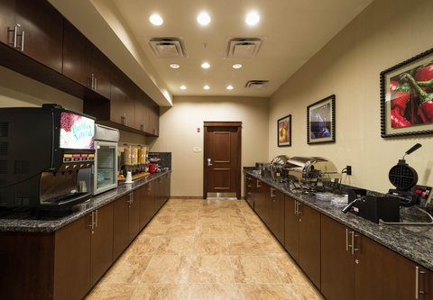 TownePlace Suites El Paso Airport - Breakfast Buffet