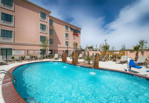 TownePlace Suites El Paso Airport - Outdoor Pool