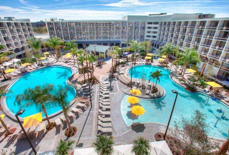 Sheraton Safari Hotel & Suites Lake Buena Vista Vista exterior