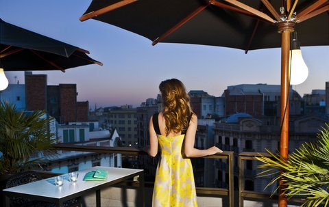 فندق كلاريس جي إل - Terrace