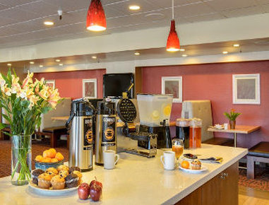 Quality Inn Airport - Breakfast