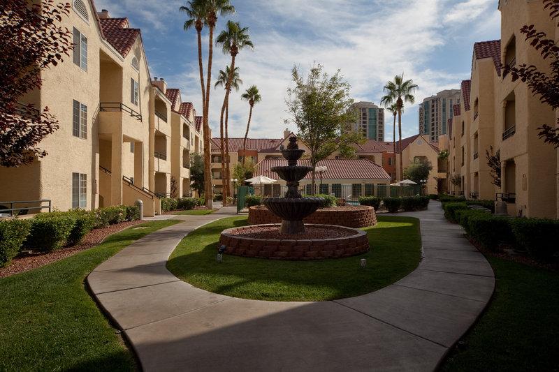 Holiday Inn Club Vacations Las Vegas - Desert Club Resort Dış görünüş