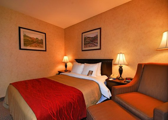Comfort Inn Of Escondido - Escondido, CA