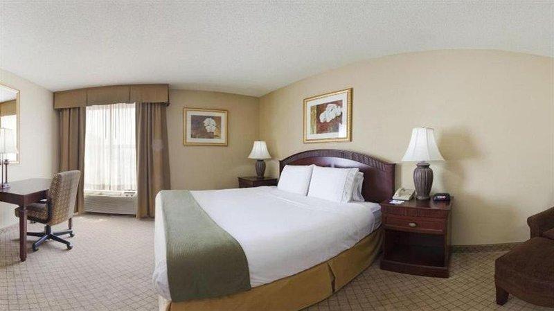 Holiday Inn Express FAIRFIELD - Fairfield, OH