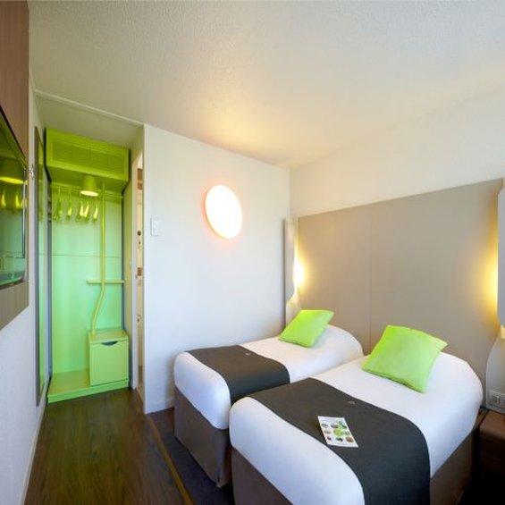 Campanile - Roissy - Survilliers - Saint Witz Vista de la habitación