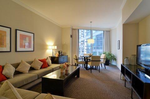 فندق أتلانتا - Business Suite Living Area