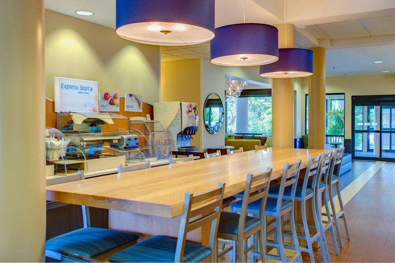 Holiday Inn Express Bellingham Gastronomie