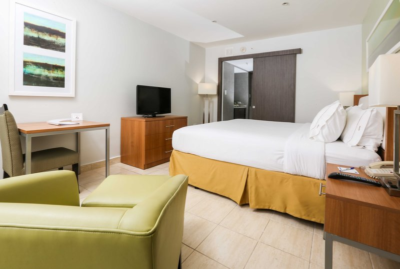 Holiday Inn Express San Juan Pokoj