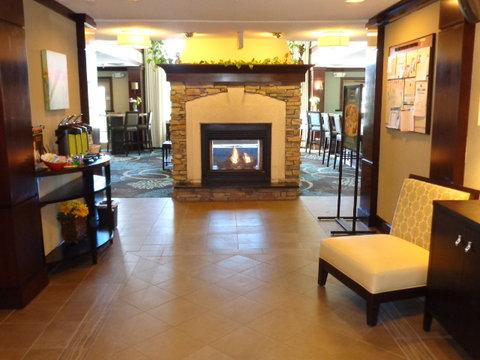 Staybridge Suites CO SPRINGS-AIR FORCE ACADEMY - Hotel Lobby