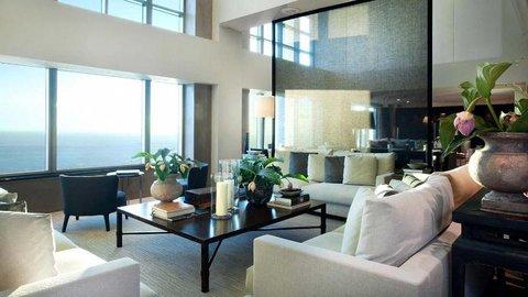فندق آرتس برشلونة - Club Lounge