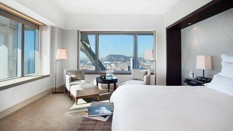 فندق آرتس برشلونة - Deluxe Room Bedroom