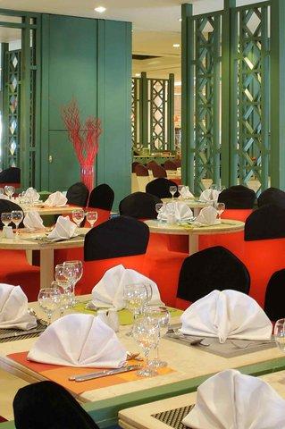 Mercure Cairo Le Sphinx Hotel - Restaurant