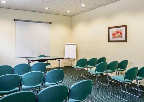 Ibis Braganca - Meeting Room
