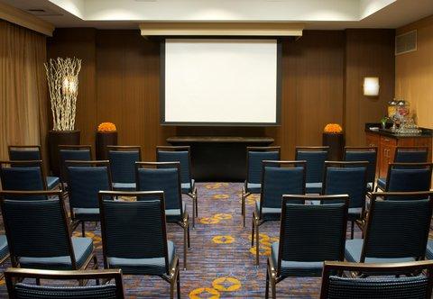 Courtyard Bloomington - Meeting Room   Theater Setup