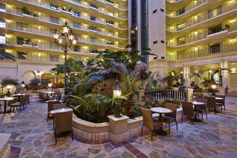 Embassy Suites Fort Lauderdale - 17th Street - Atrium