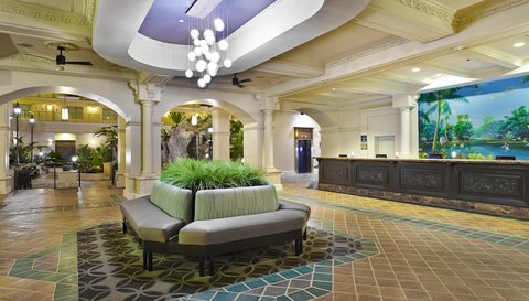 Embassy Suites Fort Lauderdale - 17th Street - Lobby Area