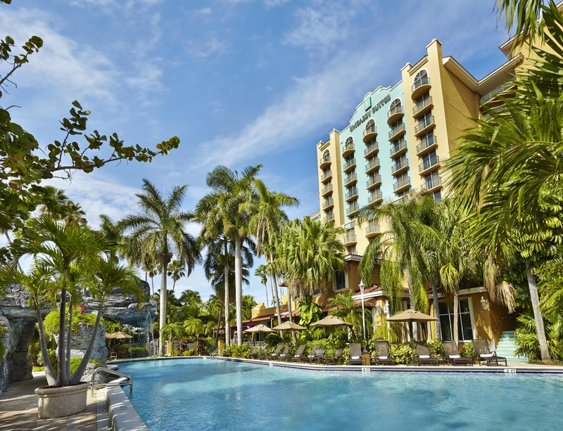 Embassy Suites Fort Lauderdale - 17th Street Poolansicht