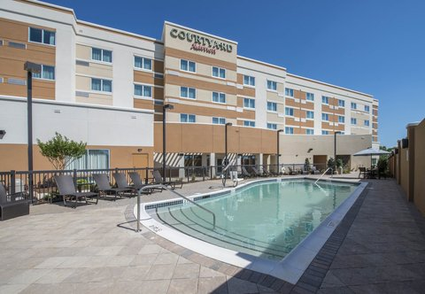 Courtyard Columbus - Outdoor Pool