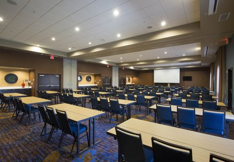 Courtyard Columbus - Castleberry Meeting Room   Classroom Setup