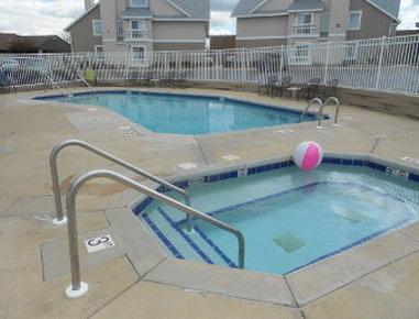 Residence Inn Green Bay - Pool