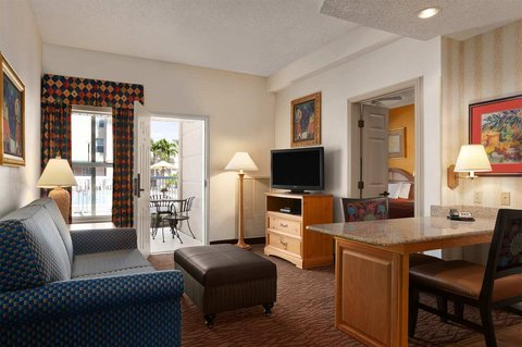 Homewood Suites by Hilton Fort Myers - Pool Room