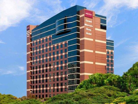 Grand Mercure Singapore Roxy - Exterior