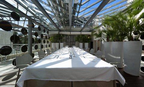 فندق كلاريس جي إل - Claris East Garden
