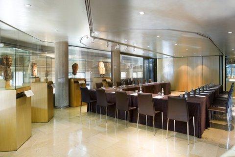 فندق كلاريس جي إل - CLARISMuseum Meet Room