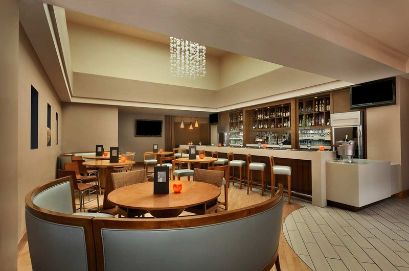 Hilton San Diego Resort 餐饮设施