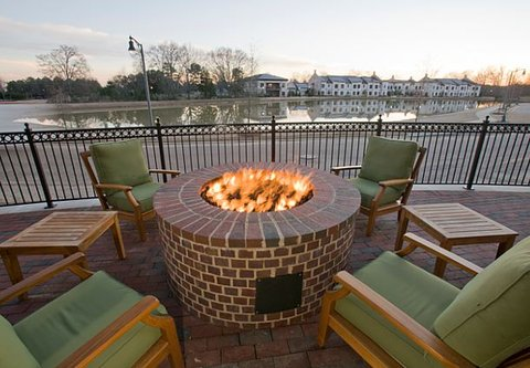 TownePlace Suites Jackson Ridgeland/The Township at Colony Park - Outdoor Firepit