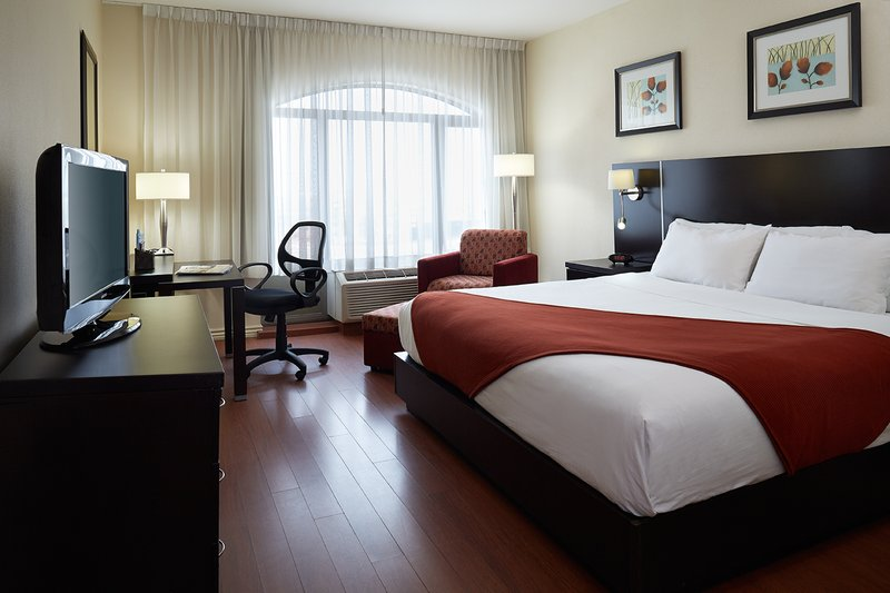 Holiday Inn Express Hotel & Suites Montreal Airport 客室