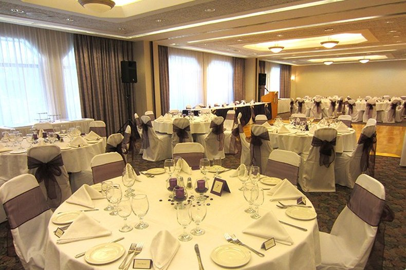 Cartier Place Suite Hotel BallRoom