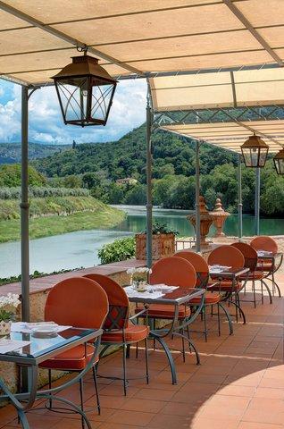 Villa La Massa - Pool Bar - Vertical view