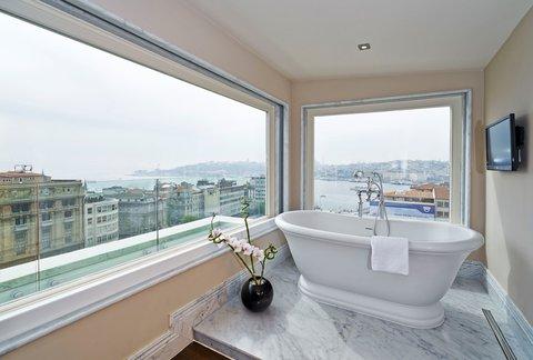Vault Karakoy The House Hotel - Penthouse Suite - Bathtub