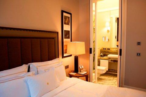 Vault Karakoy The House Hotel - Deluxe King Room