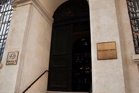 Vault Karakoy The House Hotel - Entrance