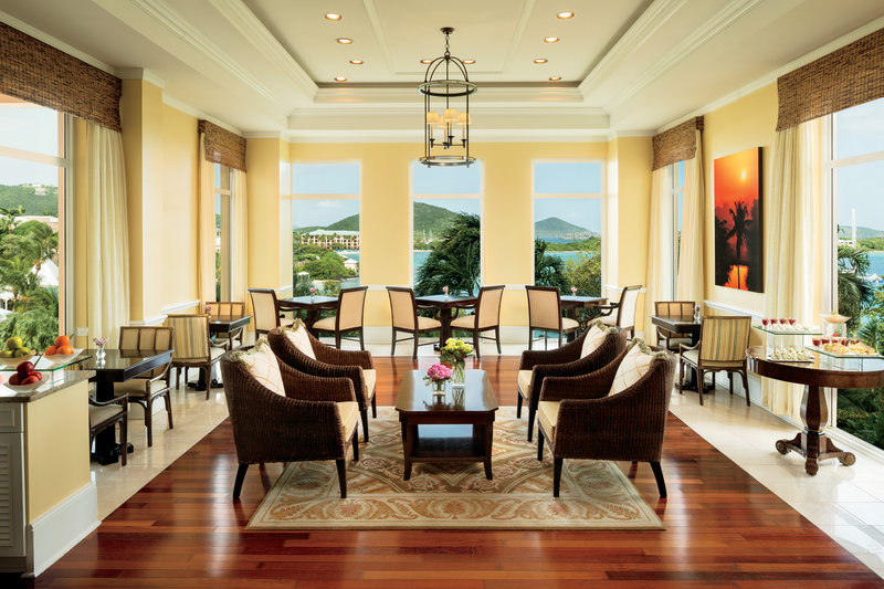 The Ritz-Carlton, St. Thomas 酒吧/休息厅