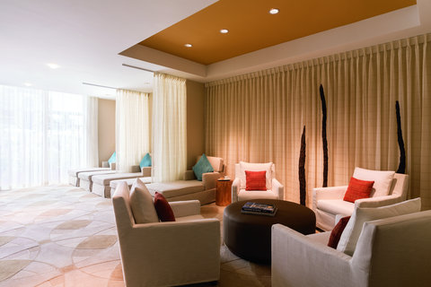 The Ritz-Carlton, Aruba - Spa Mens Relaxation room